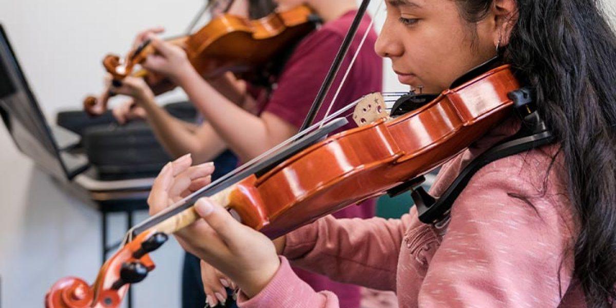 Kids practicing violin