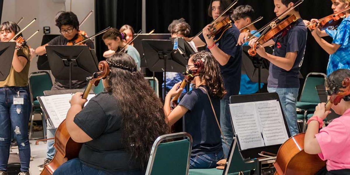 CMI students performing